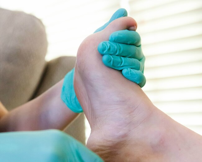 7 Ways to Care for Diabetic Feet